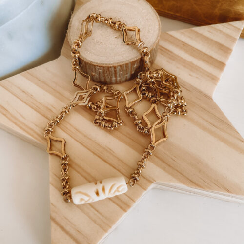 dayjune-collections-lora